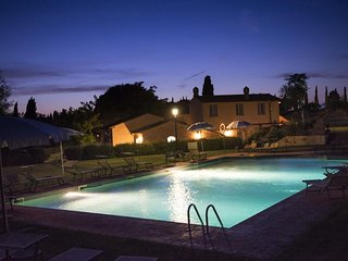 Tuscany Home at Lecci for 6 to 8 - Pietraia vacation rentals