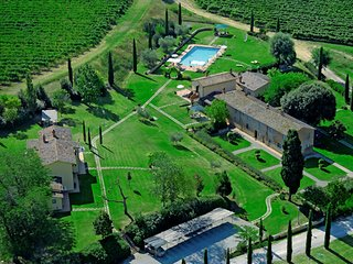Tuscany Home at Ulivi for 4 to 6 - Pietraia vacation rentals