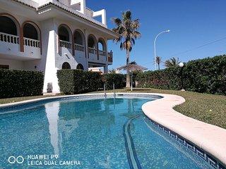 Apartamento Dúplex en primera Línea de playa Denia - Els Poblets vacation rentals