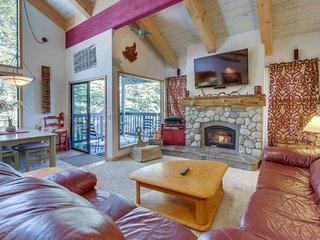 Forest view condo w/ deck, shared hot tub/seasonal pool - steps to the Village! - Mammoth Lakes vacation rentals