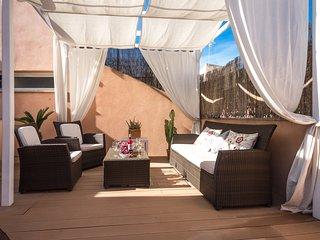 Elegant Penthouse Old Town with terrace, lift - Palma de Mallorca vacation rentals