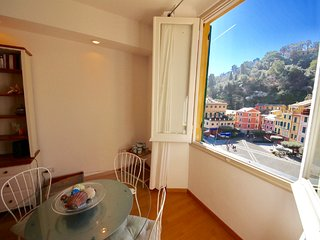 VELA 2BR-sea view in heart of PORTOFINO by KlabHouse - Portofino vacation rentals
