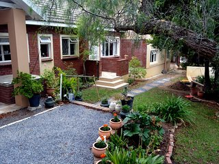 Rosemary's Cottage - Somerset West vacation rentals
