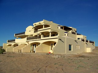 3 bedroom Apartment with Deck in Puerto Penasco - Puerto Penasco vacation rentals