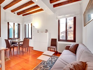 ARSENALE VENETIAN APARTMENT - Venice vacation rentals
