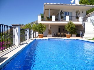 8722 - Luxury Villa with sea views plus GOLF - Mijas vacation rentals