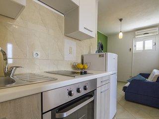 Apartment Yellow - Komiza vacation rentals