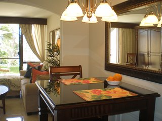 'BEST LOCATION AND PRICE' Feels and designed like a Resort Suite. - Wailea vacation rentals