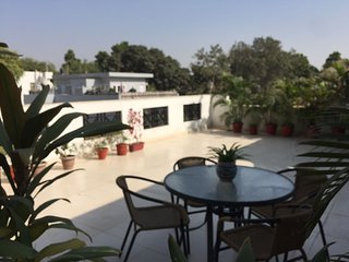 Cozy Apartment with A/C and Wireless Internet in New Delhi - New Delhi vacation rentals