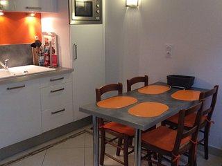 Appartement Galliéni proche des thermes et du port. - Rochefort vacation rentals