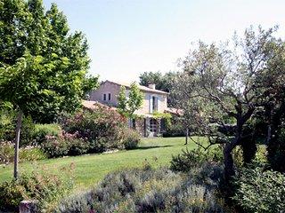 Wonderful 4 bedroom Villa in Saint-Remy-de-Provence - Saint-Remy-de-Provence vacation rentals