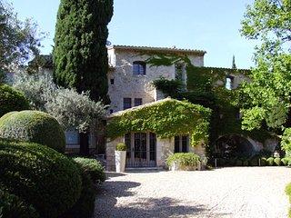 Nice 7 bedroom Villa in Maussane-les-Alpilles - Maussane-les-Alpilles vacation rentals