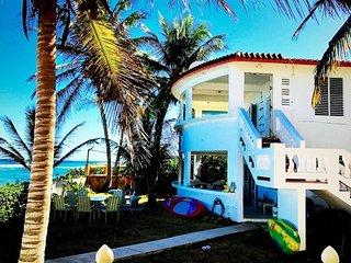Beautiful Beachfront Accommodations  Casa Nikitas - Isla de Vieques vacation rentals