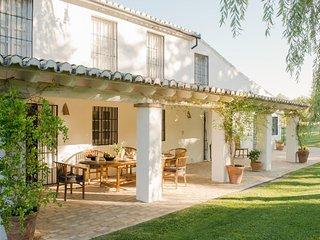 Lovely 7 bedroom Villa in Arriate - Arriate vacation rentals