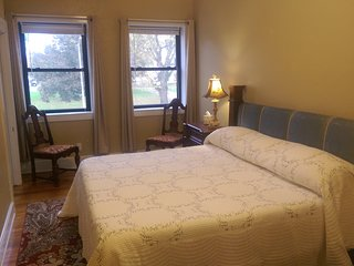 Executive Suites Near Mormon Temple at Nauvoo and on Historic Courthouse Square - Carthage vacation rentals