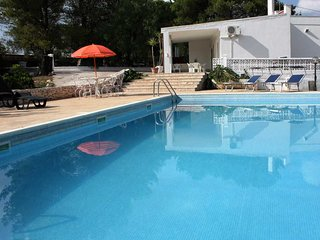 Private villa, swimming pool and walled gardens - Villanova vacation rentals
