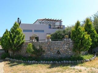 Bright 4 bedroom Villa in Tavronitis - Tavronitis vacation rentals