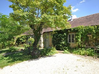 Charming House with Internet Access and Fireplace - Bredons Norton  vacation rentals