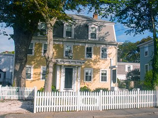 Charming 1-Bedroom Condo - Provincetown vacation rentals