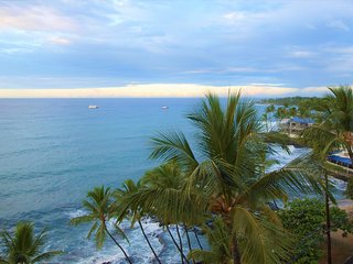 MAY SPECIAL $149 **AWESOME OCEAN VIEWS 7th FL PENTHOUSE** Kona Ali'i Complex - Kailua-Kona vacation rentals