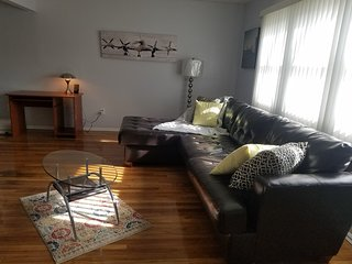 Beautiful Apt close to JFK Airport - Cambria Heights vacation rentals