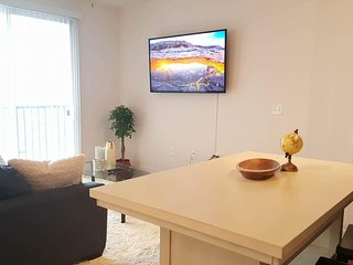 Special, chic alcove studio in fantastic location - Columbia vacation rentals