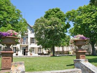 Nice 7 bedroom Villa in Eguilles - Eguilles vacation rentals