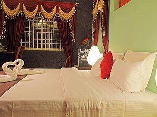 Srinikethana Air conditioned Cottage - Maragodu vacation rentals
