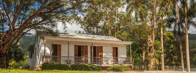 Spacious Cabin with Balcony and Satellite Or Cable TV - Adjuntas vacation rentals