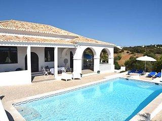 3 bedroom Villa in Vale De Parra, Albufeira, Central Algarve, Portugal : ref - Patroves vacation rentals