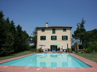 5 bedroom Villa in Cortona, Tuscany, Italy : ref 2020471 - Creti vacation rentals