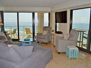 Elite condo, none other like it! Tram + pool! Location close to everything! - Miramar Beach vacation rentals