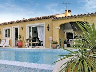 3 bedroom Villa in Bagnols En Foret, Cote D Azur, Var, France : ref 2042375 - Saint-Paul-en-Foret vacation rentals