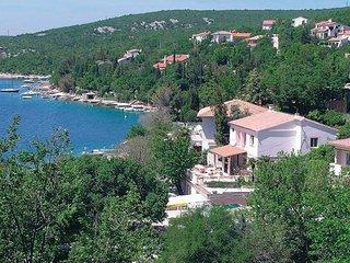 5 bedroom Villa in Crikvenica, Kvarner, Croatia : ref 2045307 - Jadranovo vacation rentals