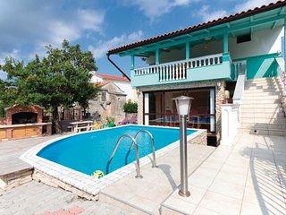 3 bedroom Villa in Krk, Kvarner, Croatia : ref 2046722 - Rasopasno vacation rentals