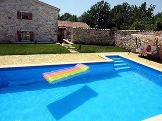 3 bedroom Villa in Barban, Istria, Croatia : ref 2088190 - Prhati vacation rentals