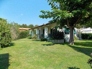 3 bedroom Villa in Marina Di Pietrasanta, Versilia, Tuscany, Italy : ref 2135541 - Tonfano vacation rentals