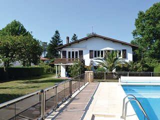 5 bedroom Villa in Dax, Landes, France : ref 2184046 - Josse vacation rentals