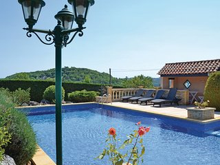 3 bedroom Villa in Montignac, Dordogne, France : ref 2184068 - Aubas vacation rentals