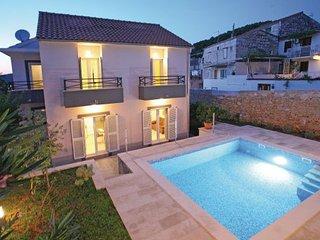 4 bedroom Villa in Vis, Island Of Vis, Croatia : ref 2219197 - Vis vacation rentals