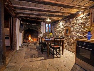 Authentic house in the remote Nature - Karashka B&B - Apriltsi vacation rentals