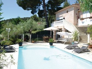 2 bedroom Apartment in La Valette du Var, Var, France : ref 2220943 - La Valette-du-Var vacation rentals