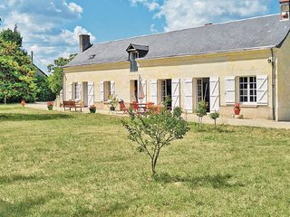 4 bedroom Villa in Bourgueil, Indre-et-loire, France : ref 2220950 - Bourgueil vacation rentals