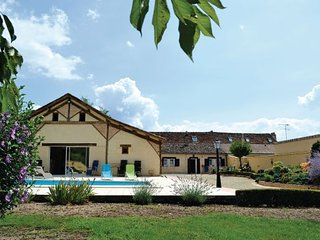 3 bedroom Villa in St Pierre d Eyraud, Dordogne, France : ref 2221608 - Saint-Avit-Saint-Nazaire vacation rentals
