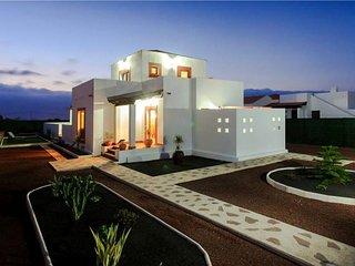 Cozy Lajares Villa rental with Internet Access - Lajares vacation rentals