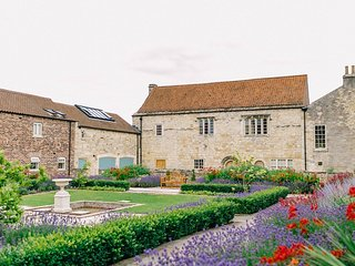 Luxurious Self Catering Holiday Cottages - Healaugh vacation rentals