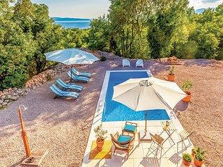 5 bedroom Villa in Crikvenica-Kostrena, Crikvenica, Croatia : ref 2278382 - Kostrena vacation rentals