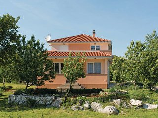 5 bedroom Villa in Split-Dugopolje, Split, Croatia : ref 2278414 - Dugopolje vacation rentals