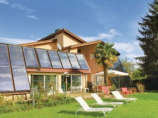 5 bedroom Villa in Saint Etienne de Saint Geoirs, France : ref 2279516 - Saint-Etienne-de-Saint-Geoirs vacation rentals