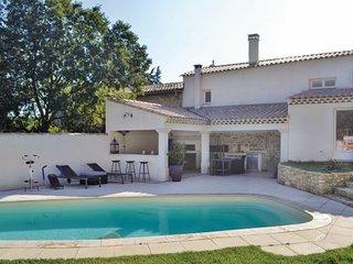 2 bedroom Villa in Saint-Chamas, Bouches Du Rhone, France : ref 2279549 - Cornillon-Confoux vacation rentals